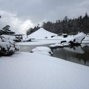 雪の仙石富士